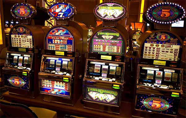 Slot machines (2)